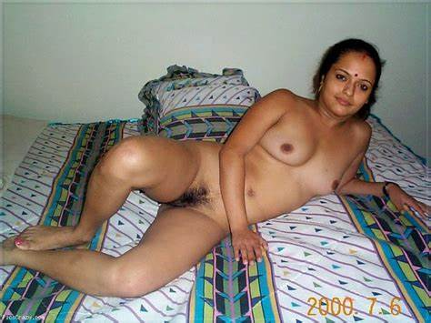 Fat Cunt Bangladeshi Chick And Her Male Gets In Bed