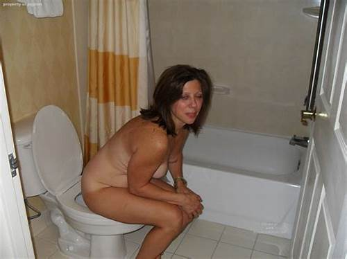 Restroom Porn With Euro Amateurs #Mature #Women #On #The #Toilet #38