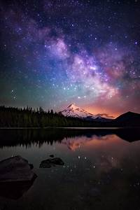 The Milky Way galaxy as drifts beyond Mt Hood as seen from ...