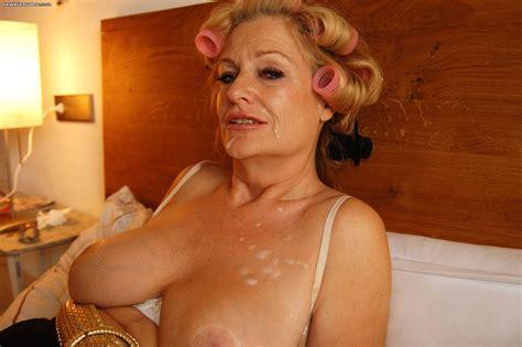 <a href='http://www.older-mature.net/sexy-mature-woman-porn/4760.html'' target='_blank'> Sexy Mature Woman Porn Image 4760</a>