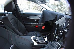 Mercedes Classe C Restylée 2018 : 2018 mercedes benz c class facelift spied reveals more of its interior autoevolution ~ Maxctalentgroup.com Avis de Voitures