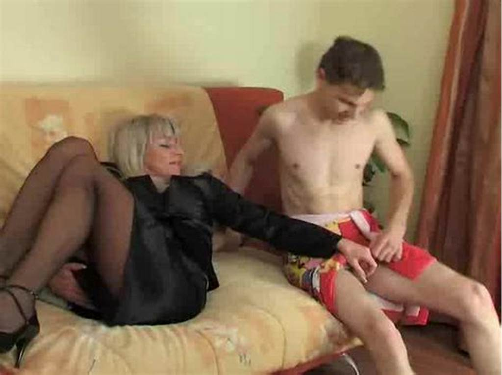 #Mom #In #Stockings #Fucked #In #Her #Pussy #Hole