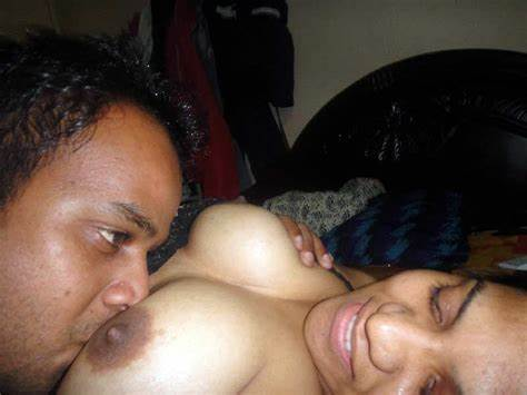 Giant Titties Aunty And Married Lady