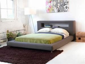 Tete De Lit Moderne : t te de lit avec rangement fonctionnel et esth tique ~ Teatrodelosmanantiales.com Idées de Décoration