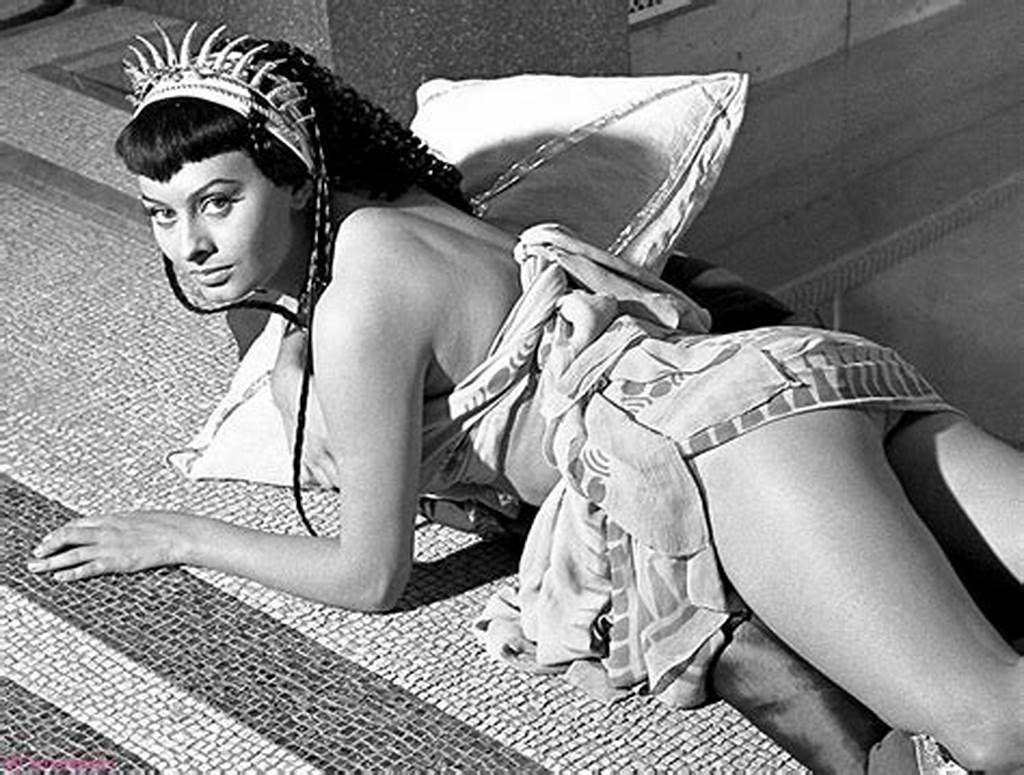 #Sophia #Loren #Nudeold #But #Gold