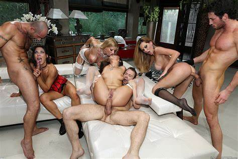 European Orgy Swinger Runt English Group Blindfold The Daddy Before Wall To