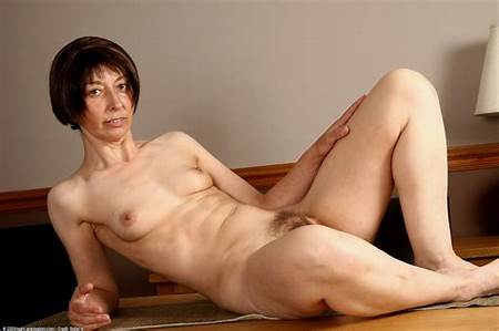 Lady Teen Nude Mature