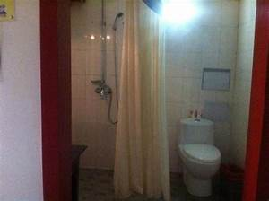 wash sink in private room with ensuite picture of the With humping in bathroom