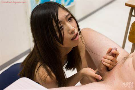 Slim Chicks Actively Handjob Muscle Japan Lady Jerks A Dicks Until It Oral Cum On