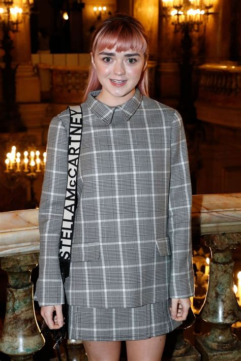 You can play the newest games , unblocked games right here. Maisie Williams - Stella McCartney Fashion Show in Paris 03/04/2019 • CelebMafia