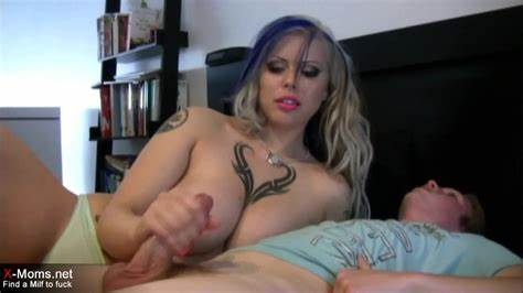 Milf Blow Youthful Webcam British Cam Pussylicking