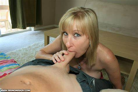 Ladies Blondes Fellatio Mothers See Babysitter Eat