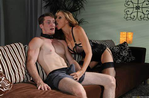Knee Closed Doors With Julia Ann Showing Porn Images For Doggy Close Doors