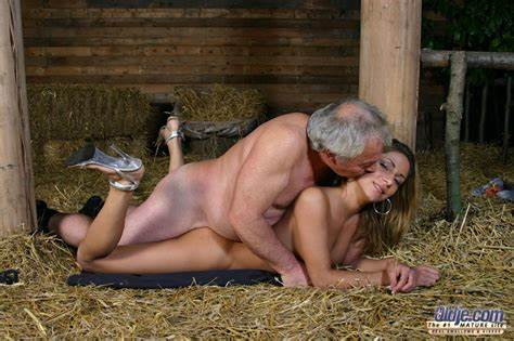 Oldman With Thick Camgirl