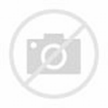 Teen Green Nude Pics