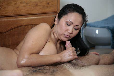 Massaged Filipino Mature Pees