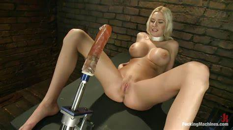 Large Cunts Blonde Banged Machine In The Pussy