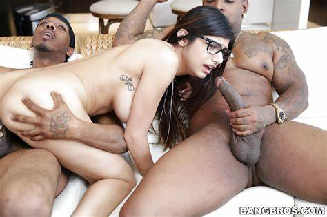 On Bigtits Mmf Lesbians Mia Khalifa And Her Cutie Huge Chested Enjoying A Glamour