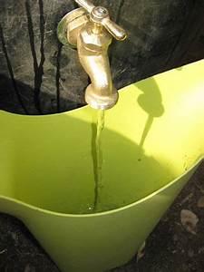 Regenwassernutzungsanlage Selber Bauen : building your own rain barrel to water lawns help gardens ~ Michelbontemps.com Haus und Dekorationen