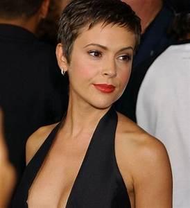 Coupe Courte Visage Ovale : coupe courte pour visage ovale coiffure cheveux courts ~ Melissatoandfro.com Idées de Décoration
