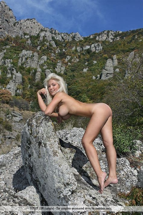 Petite Blonde Marylin Nude On The Rocks Boobgoddess