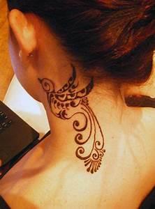 Tatouage Oiseau Homme : tatouage nuque femme fleur kolorisse developpement ~ Melissatoandfro.com Idées de Décoration