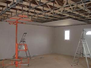 pose rail placo plafond pose de placoplatre au plafond du With nice type d isolation maison 16 pose de briques de verre