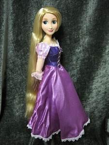 Rapunzel Online Shop : never grow up a mom 39 s guide to dolls and more disney store 2012 singing rapunzel doll review ~ Watch28wear.com Haus und Dekorationen