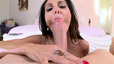 Wet Mature Tries Deepthroat With A Long Penis