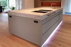 Spritzschutz Küche Nach Maß : k che nach ma von arbeitsplatte jura marmor mit bossierter kante kochstelle von ~ Watch28wear.com Haus und Dekorationen