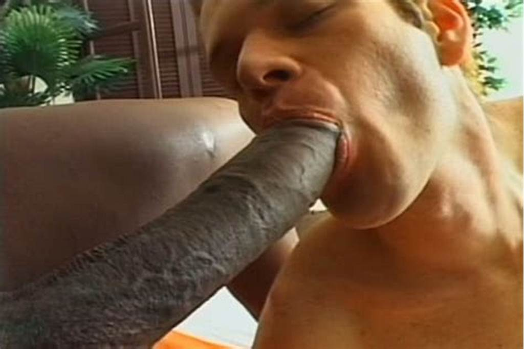#Huge #Dick #Of #Tranny #Milf #Suzanna #Holmes #Is #Juicy #For #This