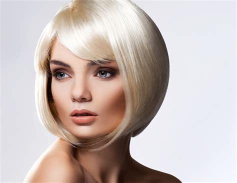 Coupe de cheveux pour femme