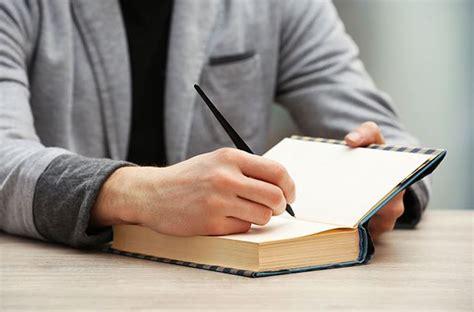 11 iemesli kāpēc jums jāraksta grāmata TAGAD - Whitebook.lv