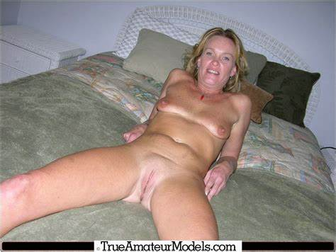Comely Teens With Shaved Asshole Posing Pants On The Bed
