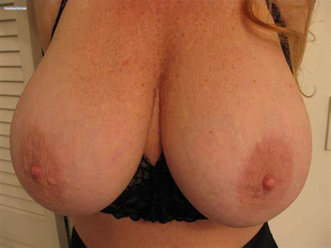 Fine Large Breasts Girls On Selfie My Best Biggest Titty