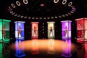 Dating Sites In Germany : bizarre german dating show with naked contestants sbs ~ Watch28wear.com Haus und Dekorationen