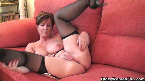 Asshole Housewife British Matures Czech Mommiesmommie Joy Poses Her Monster Nipple And Adorable Fanny
