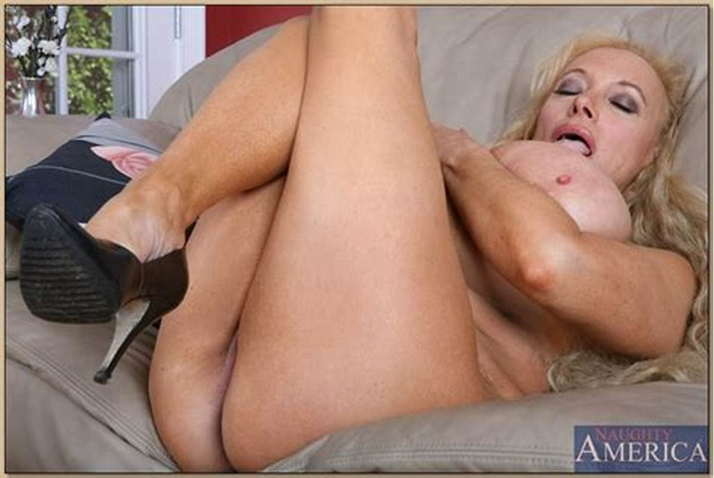 #Busty #Mature #Echo #Valley #Posing #In #A #Skirt #And #Flashing