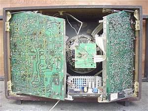 Obsolete Technology Tellye    Phonola Fm22102k   38