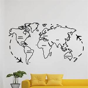 Carte Du Monde Deco : sticker carte du monde ii stickers villes et voyages pays et voyages ambiance sticker ~ Teatrodelosmanantiales.com Idées de Décoration