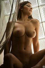 Sexy brunettes pics gallery