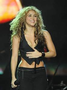 Follow Up Emails 2008 36 Ridiculously Shakira Moments Popsugar