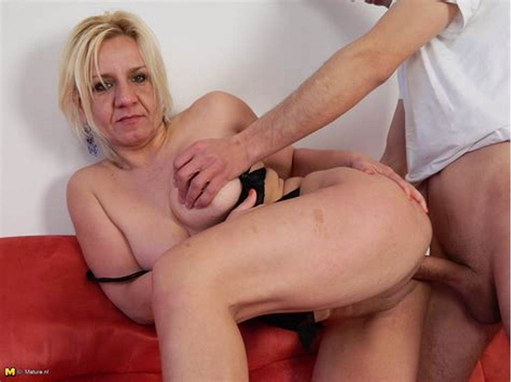 #Horny #Mature #Evelyn #Fucking #And #Sucking #Like #A #Maniac