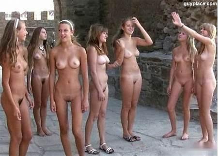 Naturalist Nude Teen Thumbnail