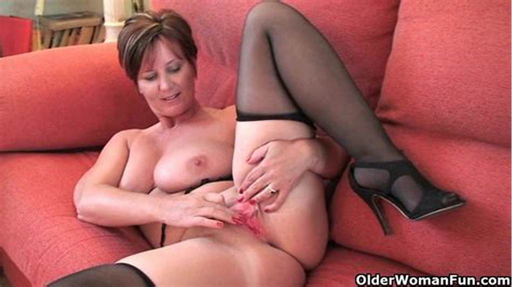 #British #Granny #Joy #Spreads #Her #Fuckable #Pussy