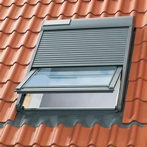 Pose Volet Roulant Velux : volet roulant electrique velux 114x118 fentre de toit ~ Dailycaller-alerts.com Idées de Décoration