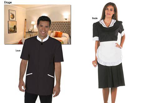 tenue de femme de chambre galet noir salle de bain