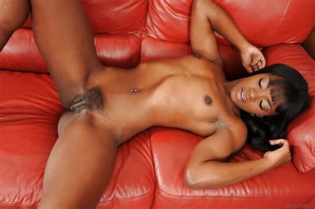 #Sexy #Ebony #Ana #Foxxx #Sucks #White #Dick #And #Gets #Plundered