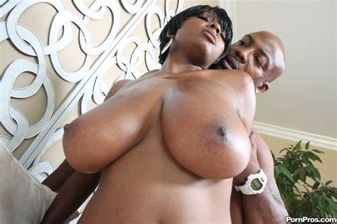 Stacey Cash Pounded Huge Ebony Dick Getting