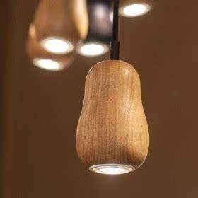 Große Glühbirne Als Lampe : lampe babula s1 gl hbirnenform holz krools ~ Eleganceandgraceweddings.com Haus und Dekorationen